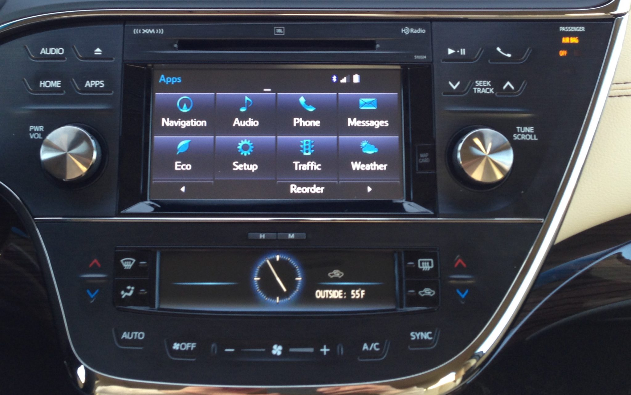 Avalon Infotainment Center