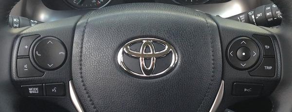 2016 RAV4 - Steering Wheel - Cropped